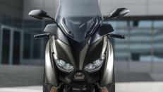 Yamaha Zlín XMAX 400 TECH MAX, skútr