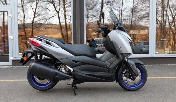 Yamaha Zlín Xmax 300